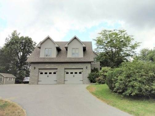 42 Olde Stone Rd, Prince Edward County, ON K0K 1L0 (#X4833801) :: The Ramos Team