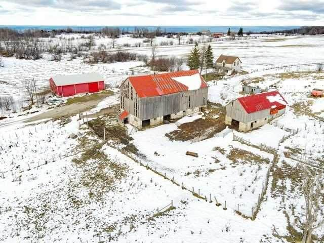 102 Tower Rd, Northern Bruce Peninsula, ON N0H 1W0 (MLS #X5092658) :: Forest Hill Real Estate Inc Brokerage Barrie Innisfil Orillia