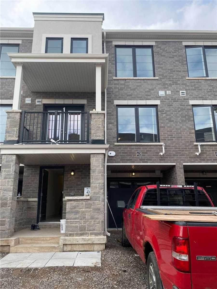 383 Dundas St - Photo 1