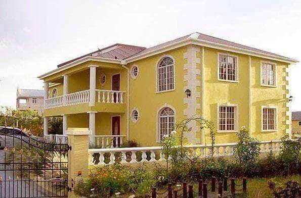 2 Pleasant Hall Hts, Barbados, ON 70802 (#Z4604352) :: The Ramos Team
