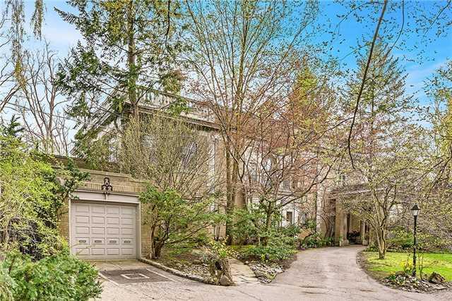82 Wychwood Park, Toronto, ON M6G 2M9 (#C4096076) :: Beg Brothers Real Estate