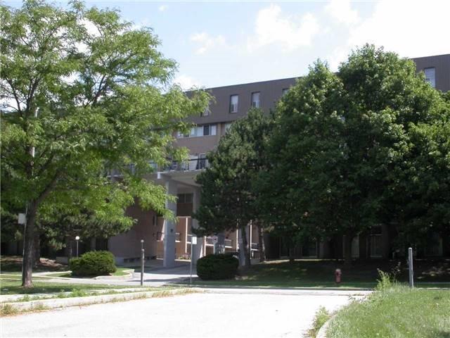 165 Cherokee Blvd #199, Toronto, ON M2J 4T7 (#C4131642) :: Beg Brothers Real Estate