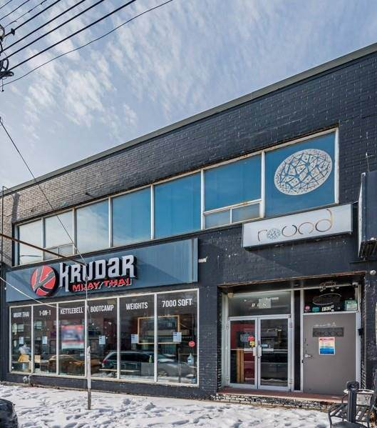 152 Augusta Ave, Toronto, ON M5T 2L5 (#C5127691) :: The Johnson Team