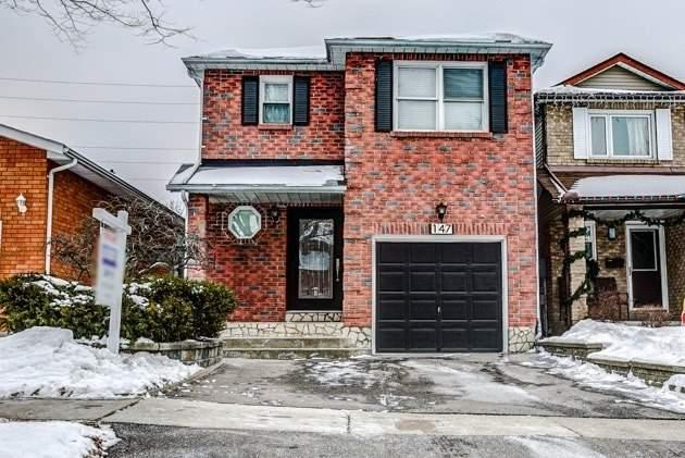147 Adele Cres, Oshawa, ON L1J 7X7 (#E4024428) :: Beg Brothers Real Estate
