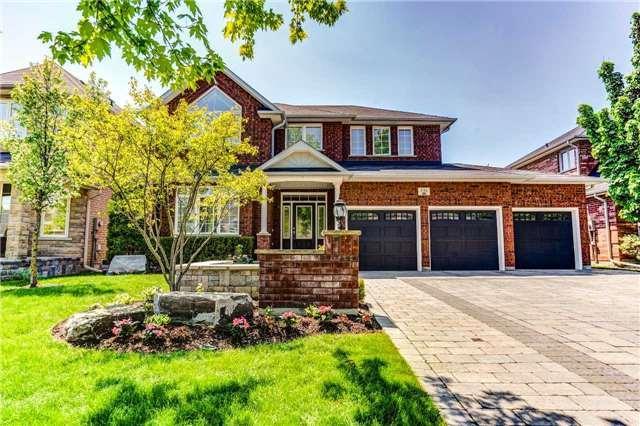 2116 Avalon Crt, Oshawa, ON L1L 0B2 (#E4138524) :: Beg Brothers Real Estate