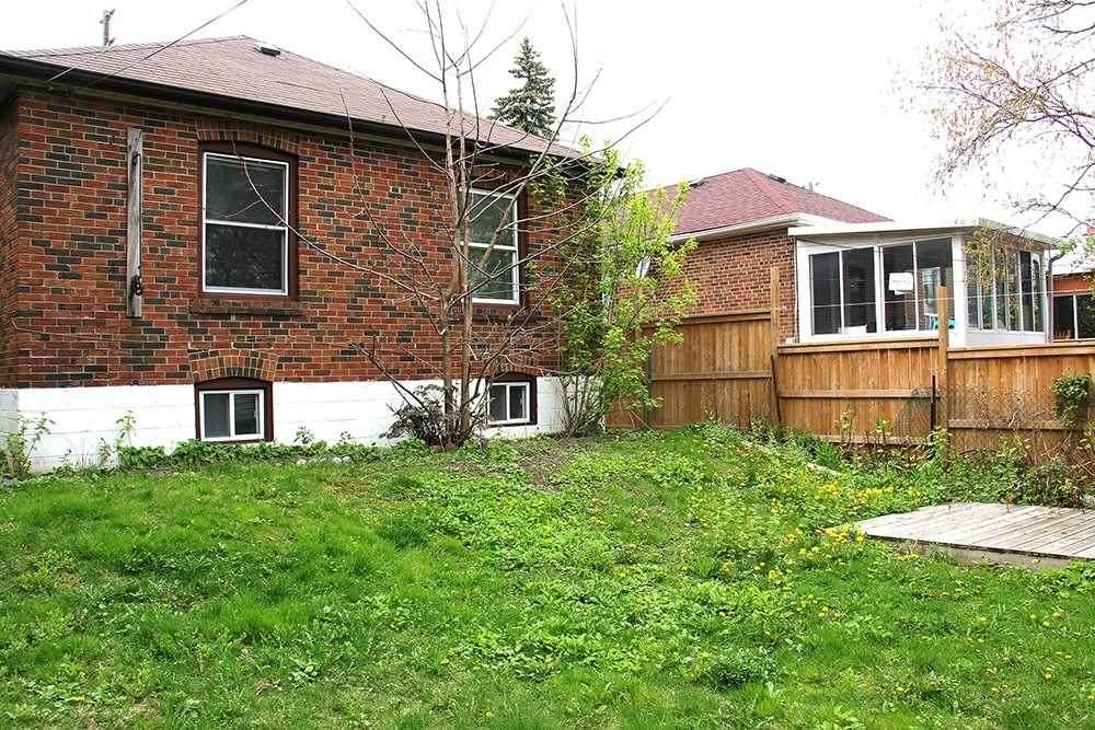 1249 Warden Ave - Photo 1