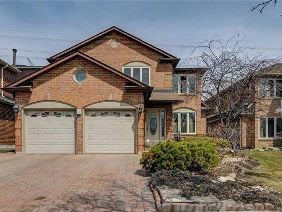 128 Huntington Park Dr, Markham, ON L3T 7C7 (#N4096965) :: Beg Brothers Real Estate