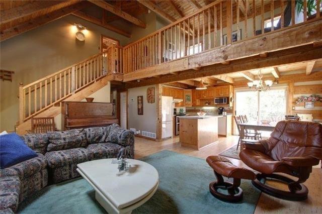 32 York St, Georgina, ON L0C 1L0 (#N4115047) :: Beg Brothers Real Estate
