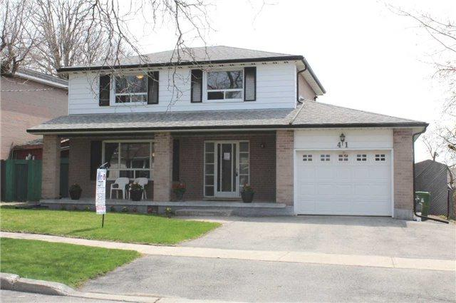 41 Bloomington Cres, Toronto, ON M3N 1R2 (#W4108003) :: Beg Brothers Real Estate