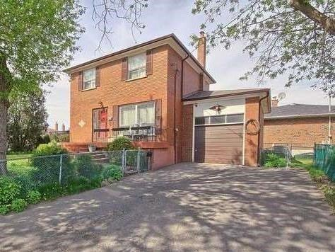 35 York St, Mississauga, ON L4T 3M4 (#W4128427) :: Beg Brothers Real Estate