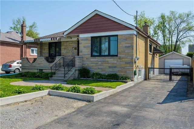 95 S Cuffley Cres, Toronto, ON M3K 1X6 (#W4131291) :: Beg Brothers Real Estate