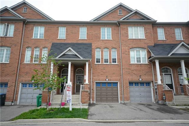 402 Aspendale Cres, Mississauga, ON L5W 0E7 (#W4133887) :: Beg Brothers Real Estate