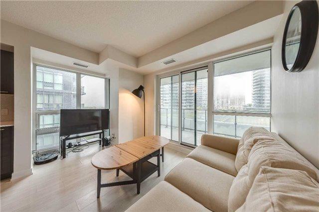 2220 W Lakeshore Blvd #612, Toronto, ON M8V 0C1 (#W4134715) :: Beg Brothers Real Estate