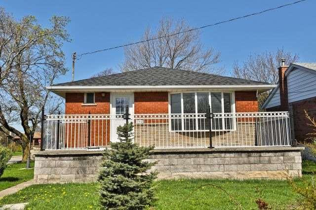 140 Clarendon Ave, Hamilton, ON L9A 3A5 (#X4117946) :: Beg Brothers Real Estate