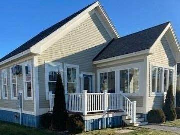 24 Meadow View Lane, Prince Edward County, ON K0K 1P0 (MLS #X5074135) :: Forest Hill Real Estate Inc Brokerage Barrie Innisfil Orillia