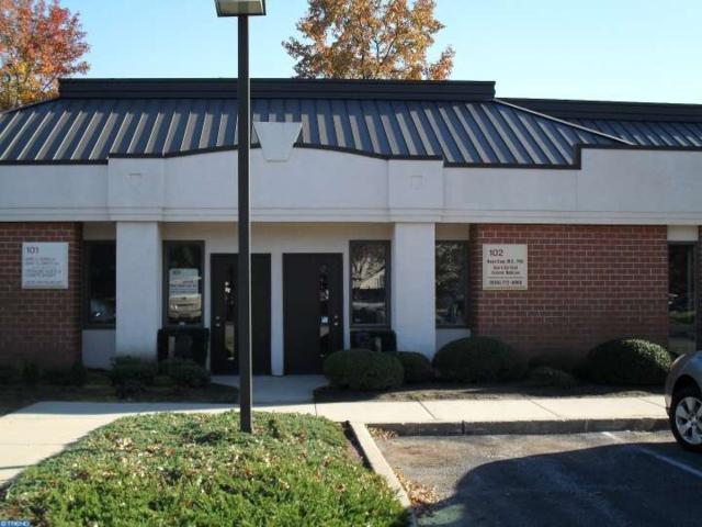 2301 E Evesham Road #102, Voorhees, NJ 08043 (MLS #6806898) :: The Dekanski Home Selling Team