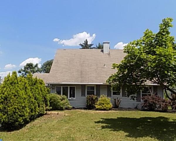 25 Patriot Lane, Willingboro, NJ 08046 (MLS #6995905) :: The Dekanski Home Selling Team