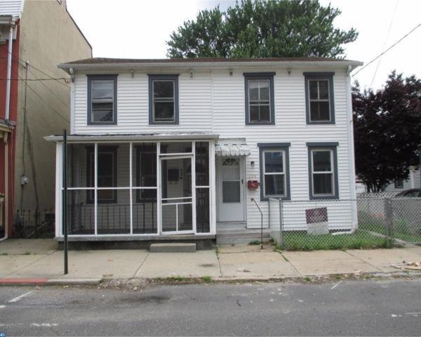 226 W Union Street, Burlington, NJ 08016 (MLS #7000254) :: The Dekanski Home Selling Team