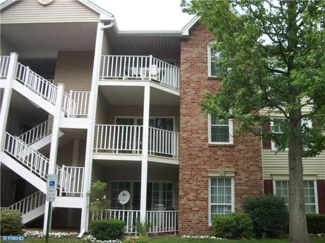 85 Cheverny Court, Hamilton Township, NJ 08619 (MLS #7001150) :: The Dekanski Home Selling Team