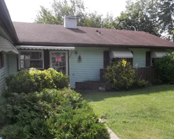 75 Southampton Drive, Willingboro, NJ 08046 (MLS #7052349) :: The Dekanski Home Selling Team