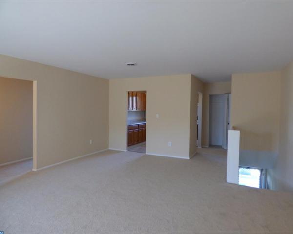 1126 Kaye Court, Burlington Township, NJ 08016 (MLS #7072710) :: The Dekanski Home Selling Team