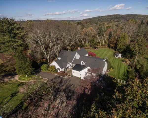 1667 Jean Lane, Bethlehem, PA 18015 (MLS #7082921) :: Carrington Real Estate Services