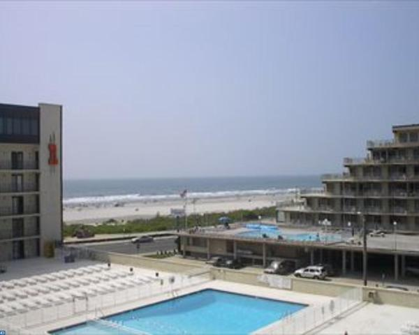 500 Kennedy Drive #201, Wildwood, NJ 08260 (#7166393) :: McKee Kubasko Group