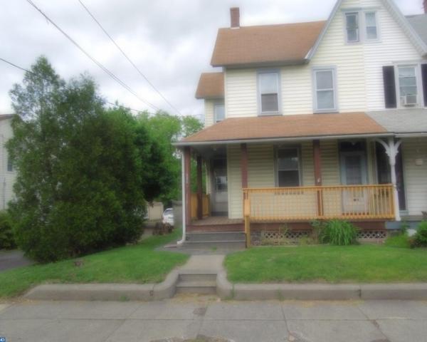 601 E Broad Street, Quakertown, PA 18951 (#7185024) :: McKee Kubasko Group