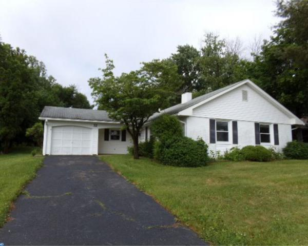32 Mosshill Lane, Willingboro, NJ 08046 (#7197330) :: Erik Hoferer & Associates