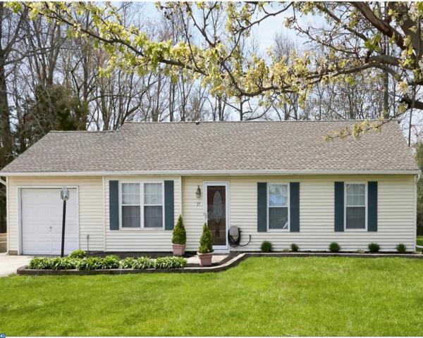 37 Bon Air Drive, Evesham, NJ 08053 (MLS #7202831) :: The Dekanski Home Selling Team