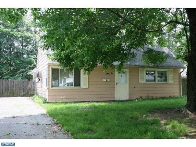 56 Dunmore Avenue, Ewing, NJ 08618 (MLS #5831763) :: The Dekanski Home Selling Team