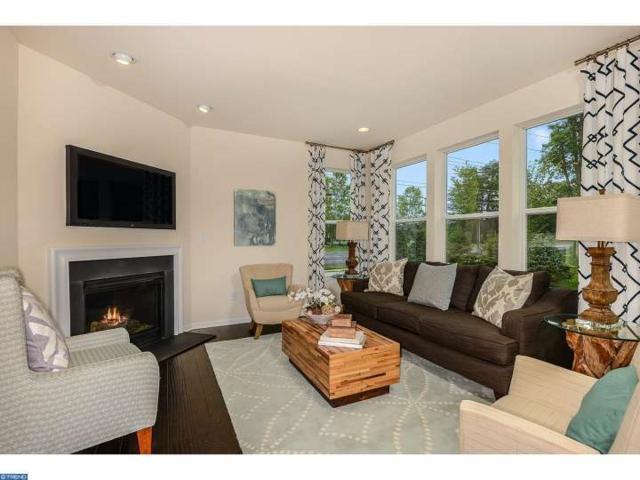 2 Mimosa Court B, Gloucester Twp, NJ 08081 (MLS #6849802) :: The Dekanski Home Selling Team