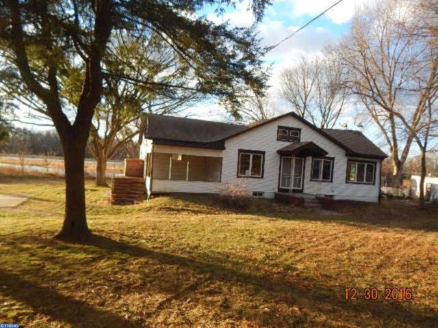 1006 S Forklanding Road, Cinnaminson, NJ 08077 (MLS #6908228) :: The Dekanski Home Selling Team