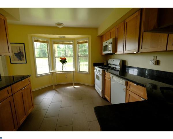 121 Commonwealth Court #3, Princeton, NJ 08540 (MLS #7042829) :: The Dekanski Home Selling Team