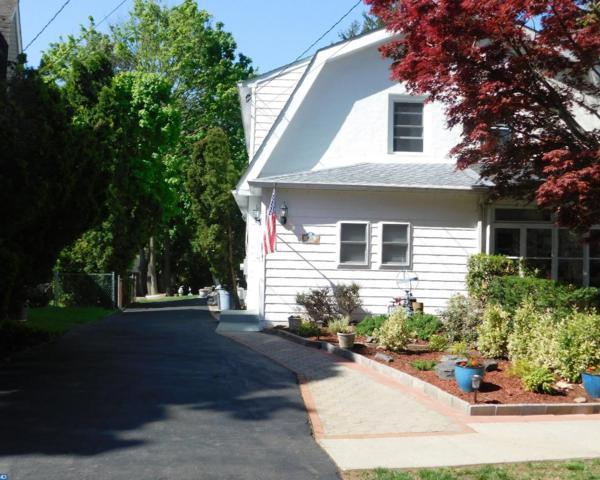 426 Saint Davids Avenue, Wayne, PA 19087 (#7179240) :: The John Collins Team