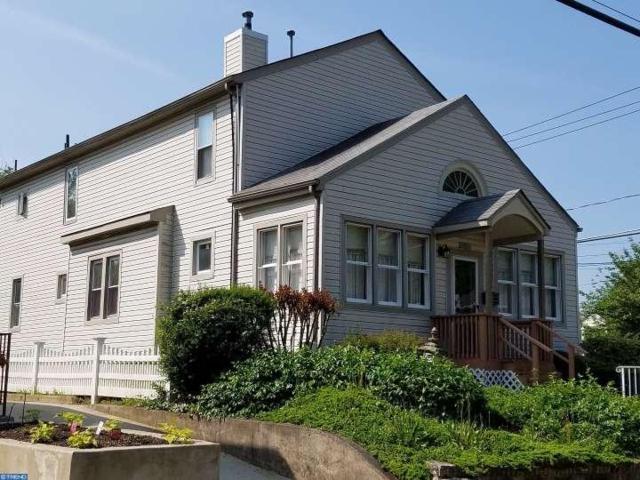 100 E Clinton Avenue, Oaklyn, NJ 08107 (MLS #6800872) :: The Dekanski Home Selling Team
