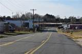 1095 Fairchild Road - Photo 4