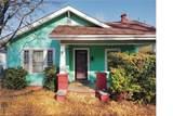 1506 Holbrook Street - Photo 1