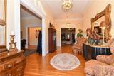 538 Montclaire Drive - Photo 4