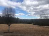 407 Oakwoods Road - Photo 1