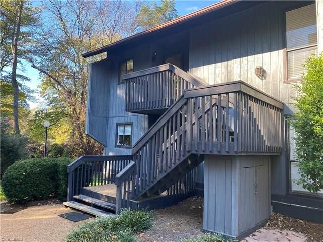 118 Cedar Cove Lane, Winston Salem, NC 27104 (#001362) :: Mossy Oak Properties Land and Luxury