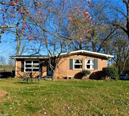 2011 Vanstory Street, Greensboro, NC 27403 (MLS #002746) :: Berkshire Hathaway HomeServices Carolinas Realty