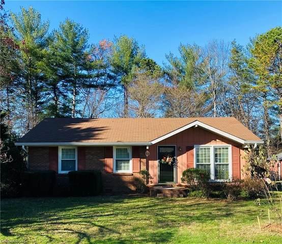 986 Osborne Sunset Drive, North Wilkesboro, NC 28659 (MLS #002901) :: Ward & Ward Properties, LLC