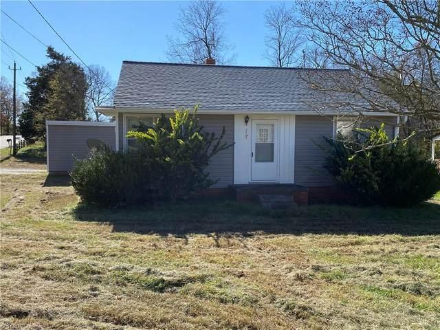 1101 Burton Avenue, High Point, NC 27262 (MLS #004425) :: Berkshire Hathaway HomeServices Carolinas Realty