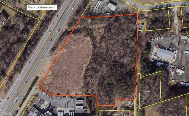3246 N Ohenry Boulevard, Greensboro, NC 27405 (MLS #004787) :: HergGroup Carolinas | Keller Williams