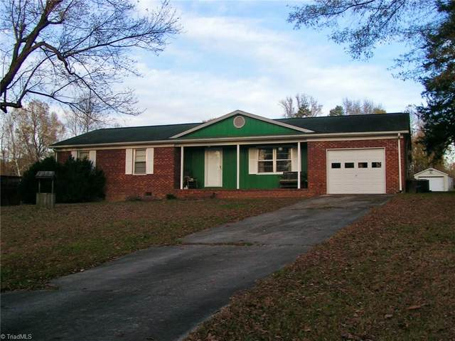6924 Burrwood Drive, Archdale, NC 27263 (MLS #004877) :: Lewis & Clark, Realtors®