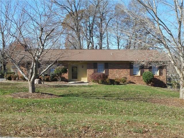 4502 Whitby Place, Greensboro, NC 27406 (MLS #1006001) :: Greta Frye & Associates   KW Realty Elite