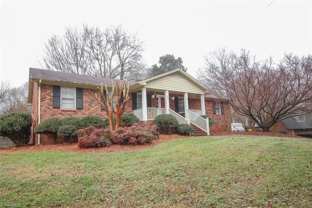 149 Maitland Court, Clemmons, NC 27012 (MLS #1007726) :: Berkshire Hathaway HomeServices Carolinas Realty