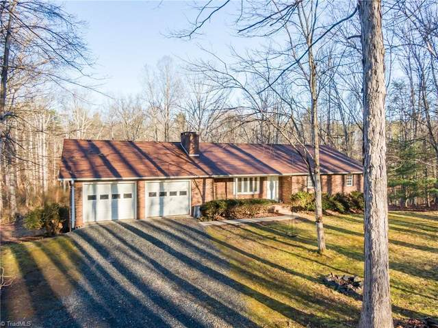 1841 Myrtle Lane, Yadkinville, NC 27055 (MLS #1008432) :: Ward & Ward Properties, LLC