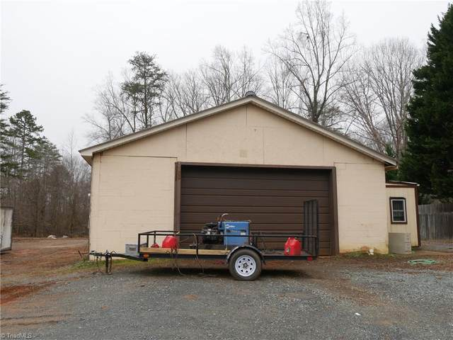 1242 N Main Street, Walnut Cove, NC 27052 (MLS #1008493) :: Team Nicholson